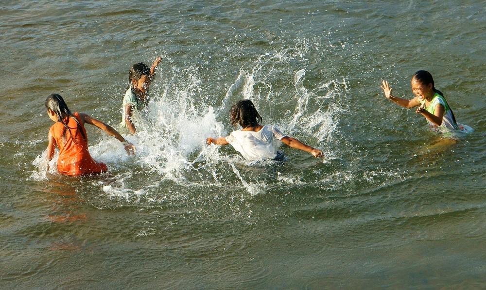 เตือน!!ผู้ปกครองระวังเด็กจมน้ำ ช่วงปิดเทอม